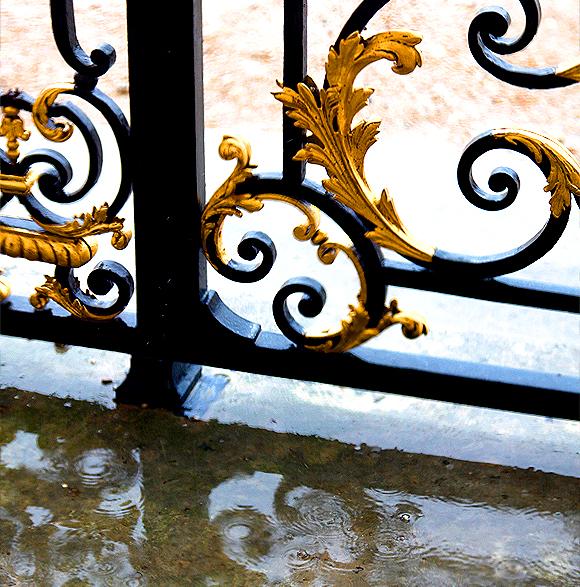 in pursuit of | Versailles